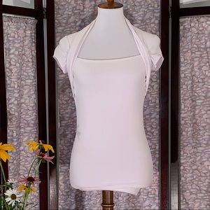 Cache solid white cap sleeve jersey top.